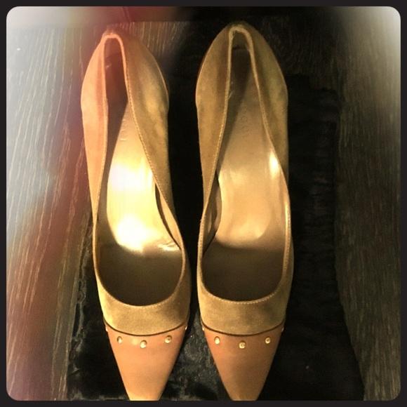 Gucci Shoes - Gucci Suede Pumps